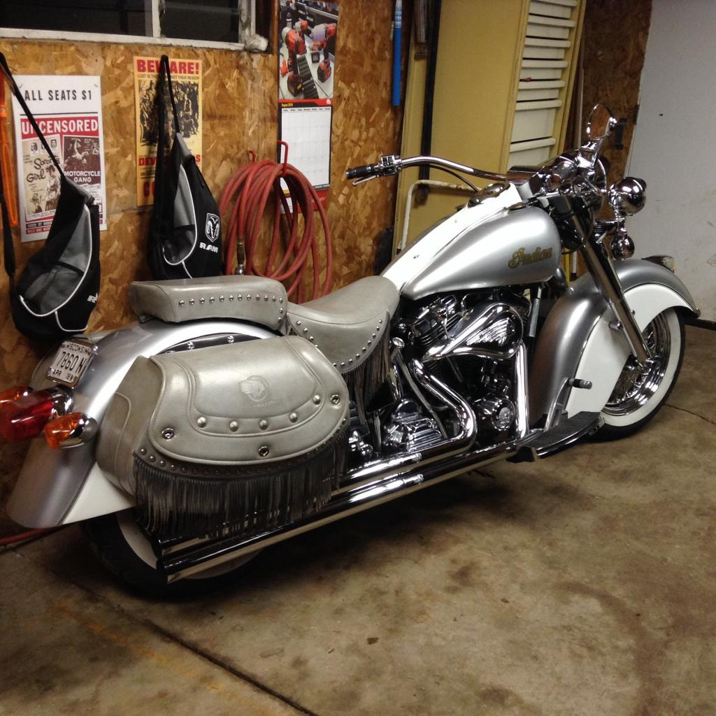chief motorcycle forum indian motorcycles 2000 silvercloud. Black Bedroom Furniture Sets. Home Design Ideas